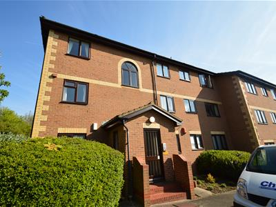 Property image of home to let in Winston Close, Dartford